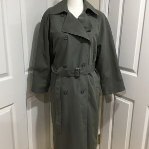 London Fog Double Breasted Trench Coat Size  8P